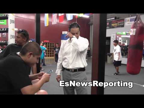 robert garcia and pakistani fighter umar cheema in oxnard EsNews Boxing