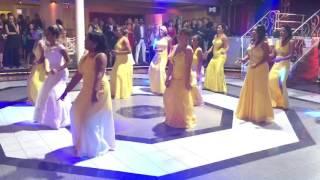 getlinkyoutube.com-Dança das Madrinhas - Bang, Metralhadora e Vou desafiar você