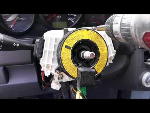 Шлейф подушки безопасности руля Mitsubishi Colt