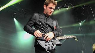 getlinkyoutube.com-Something To Say - Live at Oxegen 2010 (iPhone guitar solo)