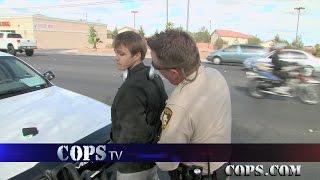 getlinkyoutube.com-Roadside Ruckus, Officer Blake Goddard, COPS TV SHOW