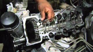 getlinkyoutube.com-Motor Mercedes C320 cambio de juntas de cabeza