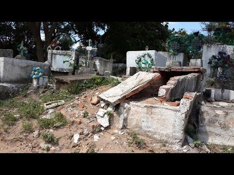 Cementerios vecinales abandonados