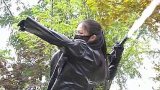 getlinkyoutube.com-South Korean Actress With Black Leather Glove79
