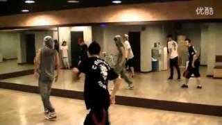 getlinkyoutube.com-[Dance Rehearsal] Wei Chen (웨이천 | 魏晨) - Daybreak (Po Xiao) Choreography
