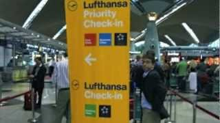 getlinkyoutube.com-Lufthansa 747-400 Business Class. KUL to BKK