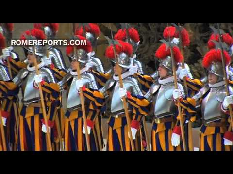 New Swiss Guard recruits sworn in at the Vatican