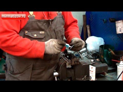 Расположение пыльника внутреннего шруса в Rover 45