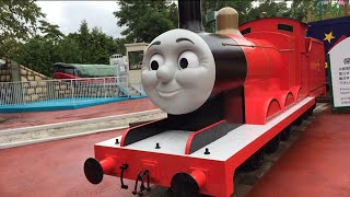 getlinkyoutube.com-Giant Thomas and Friends Toy Trains James, Egg Surprise Machine,  Candies in Thomas Land