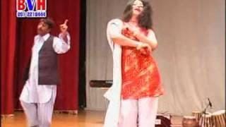 getlinkyoutube.com-Keran Dance in Dubai Pashto Musical Show (khudaya pa yo khokolee bala waoredam)