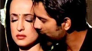 getlinkyoutube.com-Arnav & Khushi's LOVE SCENE in Iss Pyaar Ko Kya Naam Doon 1st June 2012