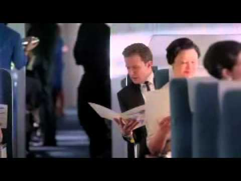 Piękne stewardessy, przystojni piloci...