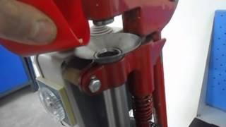 Настольный ручной пресс для литья пластмасс Desktop Injection Molding Press