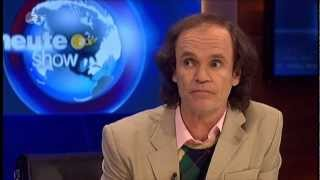 getlinkyoutube.com-Regierungsexperte Olaf Schubert bezieht Stellung in der Heute Show [23/11/2012]