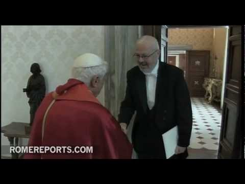 Pope welcomes Serbia's new ambassador