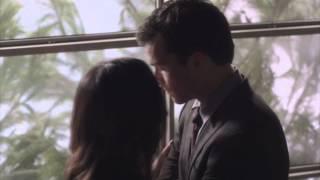 "getlinkyoutube.com-Pretty Little Liars 3x24 ""A Dangerous Game"" Ezra and Aria hallway kiss"