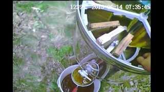 getlinkyoutube.com-Моя пасека ( мы качаем мёд другой медогонкой)