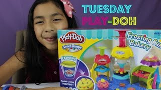 getlinkyoutube.com-Play-Doh Frosting Fun Bakery- Tuesday Play- Doh Make Cupcakes,Cakes, Cookies,Toppings|B2cutecupcakes