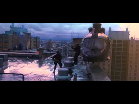 Watch the Rooftop Clip from WORLD WAR Z starring Brad Pitt.  Coming soon to cinemas  http://www.worldwarz.co.uk https://www.facebook.com/pages/World-War-Z-Movie-UK