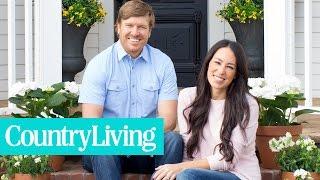 "getlinkyoutube.com-6 Style Secrets from HGTV's ""Fixer Upper"" | Country Living"