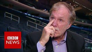 Muhammad Ali 'gave each one a $100 bill' - BBC News width=