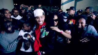Chris Brown - Holla @ Me