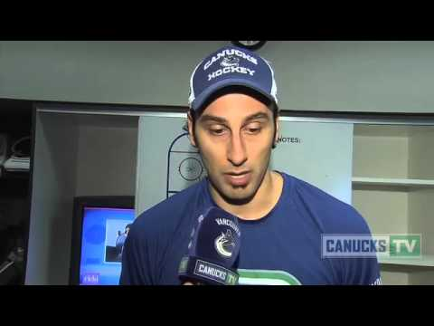 Roberto Luongo starting vs Predators (Feb 22, 2013)
