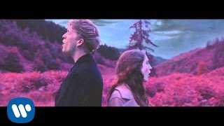 getlinkyoutube.com-BIRDY + RHODES - Let It All Go [Official]
