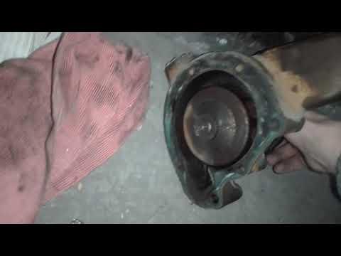 Замена помпы на Mercedes-benz 814