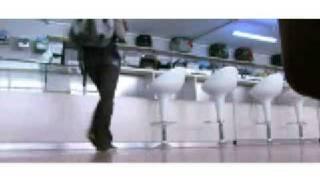 Dj Clock Dusk n Dawn/Umahamba Yedwa[official video]