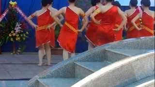 getlinkyoutube.com-Chiều lên bản thượng 20/11 12A2 THPT Chuyên Nguyễn Tất Thành ..^^