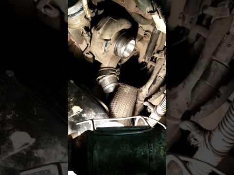 Турбина KIA SORENTO BL гонит масло