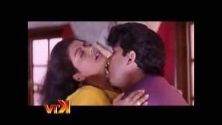 getlinkyoutube.com-actress Bhanupriya red hot navel song