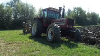 getlinkyoutube.com-Fiatagri 160-90 aratura