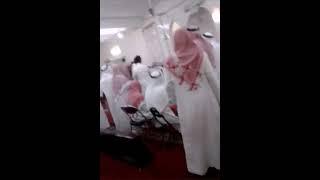 getlinkyoutube.com-مجنون دخل المسجد والإمام يصلي،يقول انا المهدي 😂