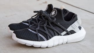 "getlinkyoutube.com-Nike Huarache NM ""Black/White"""