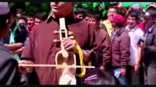 Khola Wari Khola Pari..Madan krishna shrestha
