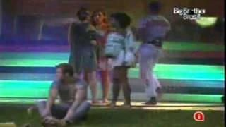 BBB11 - Diana e Natália - Festa Rasta