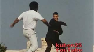 getlinkyoutube.com-Van Damme - Black Eagle fight (with splits)