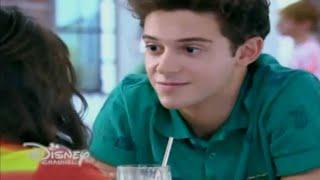 Soy Luna - Matteo intenta besar a Luna (Capitulo 12)