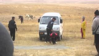 getlinkyoutube.com-Uzbek Strongman (Part 3)