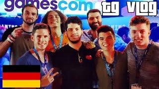 PLAYING BLACK OPS 3! GAMESCOM 2015 DAY 2! (Typical Gamer Vlog)