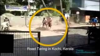 getlinkyoutube.com-Hardworking Road Workers of Kerala - Funny Clip.. Must see LOL!! :D
