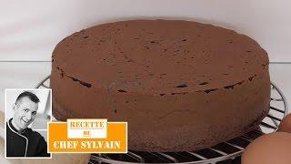 getlinkyoutube.com-Génoise au chocolat - Recette facile par Chef Sylvain