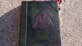 getlinkyoutube.com-Charmed Book of Shadows Replica by Brent (Part 1)