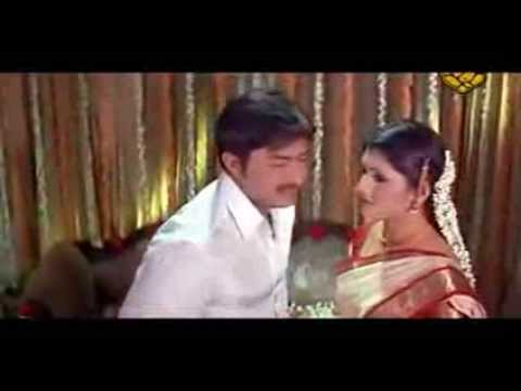 Suhagraat Hot Scene from a B Grade Movie   Kutty Radhika First Night Hot
