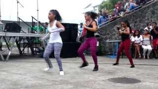 getlinkyoutube.com-Dance-hall Lycée Trois-Bassins 17/12/13 anna anne-