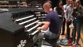 getlinkyoutube.com-Cameron Carpenter plays Die Meistersinger on The International Touring Organ
