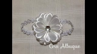 getlinkyoutube.com-Flor de fita (tipo margarida) Passo a Passo (DIY)
