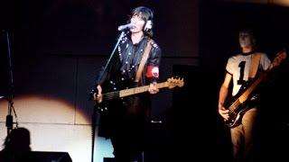 "getlinkyoutube.com-Pink Floyd - "" MOTHER "" The Wall 1980"